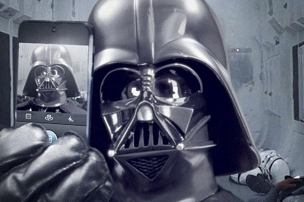 Darth Vader Instagram selfie
