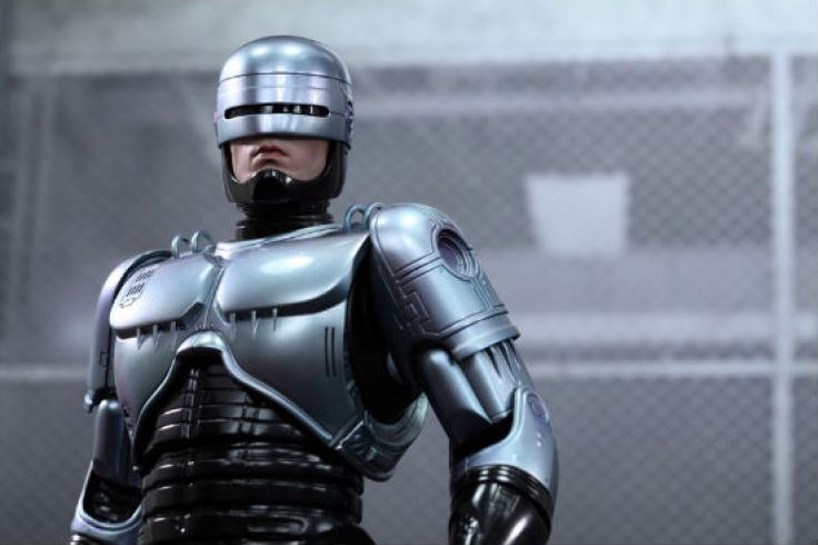 Hot Toys RoboCop Header 1