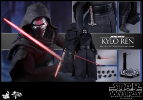 Hot Toys - Star Wars - The Force Awakens - Kylo Ren Collectible Figure_PR15