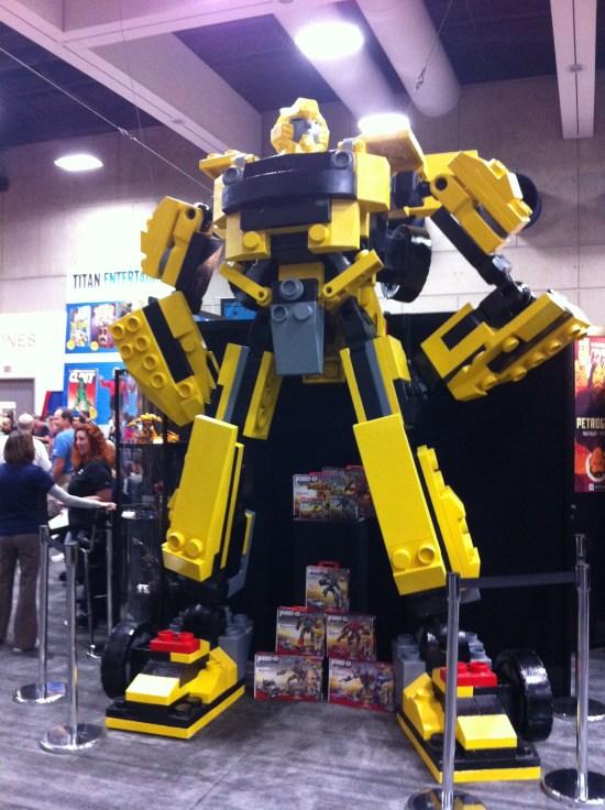 Comic-Con 2011: LEGO Bumblebee