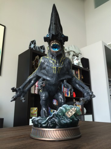 SideshowPacific Rim Knifehead Statue