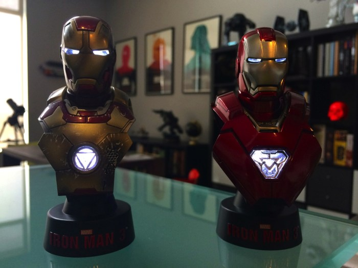 Hot Toys Iron Man 3 Mini Busts Deluxe Set