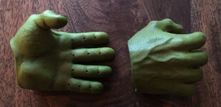 Hulk Sixth Scale Figure hands