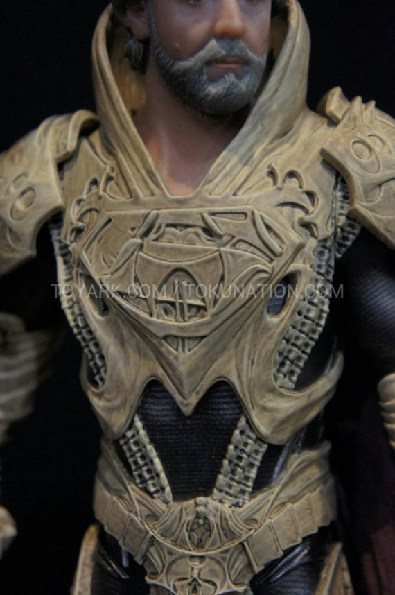 Man of Steel - Jor El figure (2)