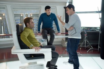 Star Trek Into Darkness - Pine, Quinto, Abrams 1