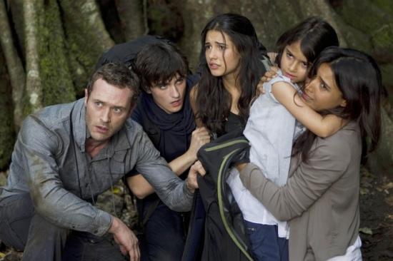 TERRA NOVA: The Shannon family (L-R: Jason O'Mara, Landon Liboiron, Naomi Scott, Alana Mansour and Shelley Conn)