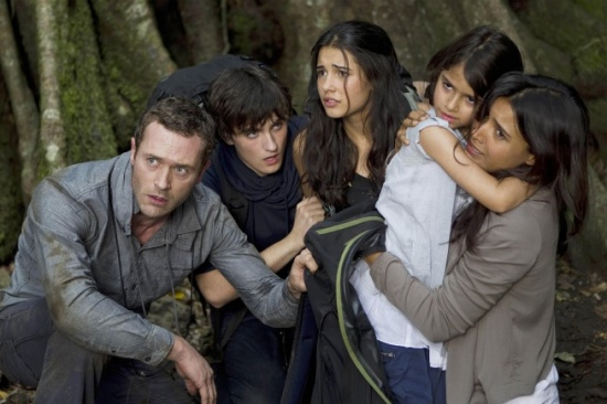 TERRA NOVA: The Shannon family (L-R: Jason O'Mara, Landon Liboiron, Naomi Scott, Alana Mansour and Shelley Conn)