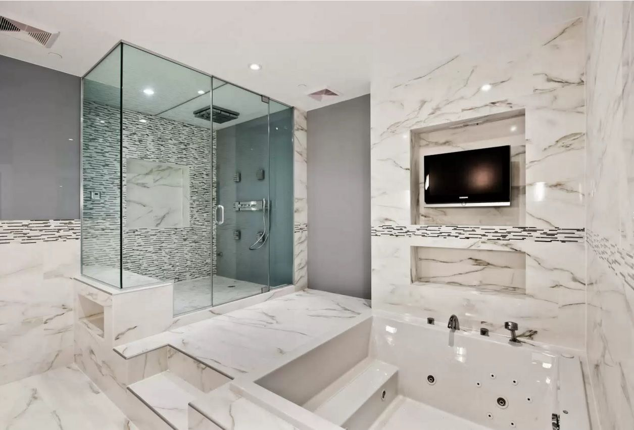 Choosing new bathroom design ideas 2016 jacuzzi and the shower cabin within one functional marble