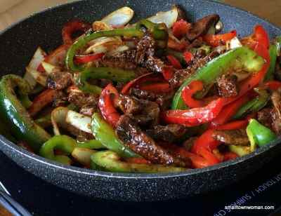 One Skillet Steak and Peppers | Small Town Woman