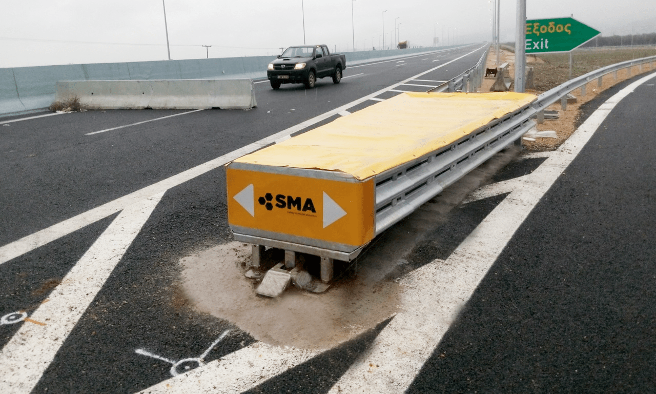 Crash Cushions Sma 110w Road Safety Barriers