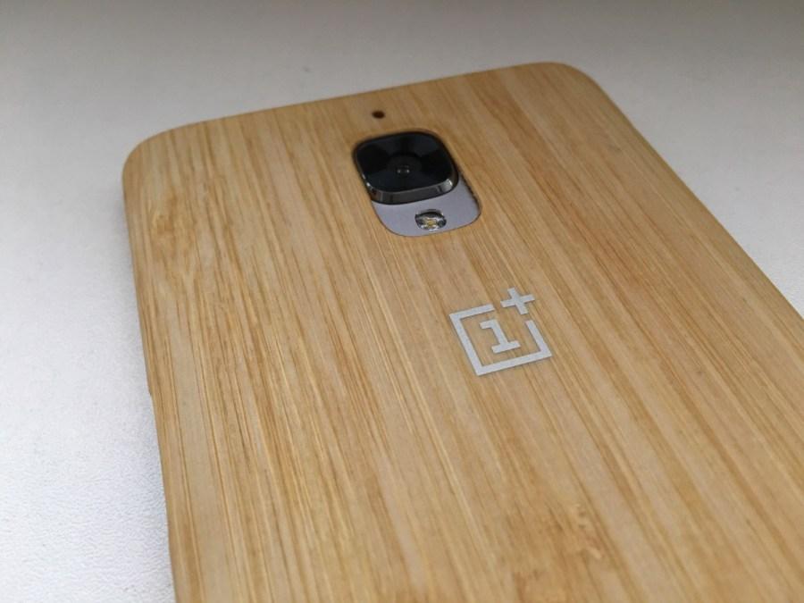 Carcasa de bambú del OnePlus 3