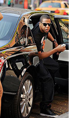 Jay Z Love His Maybach Exelero Thumb on Kanye West And Jay Z Maybach