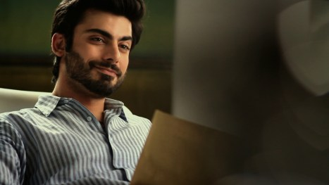 Qualification and education of Fawad Khan