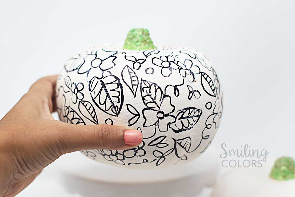 Doodling on a pumpkin with Tombow Marker