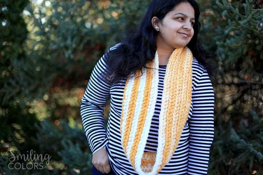 easy double crochet scarf using one skein of yarn