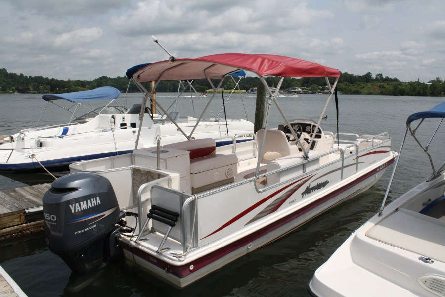 Deck Boat Hurricane Red Trim outside view