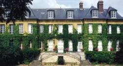 Chateau-de-paron-verrieres-le-buisson