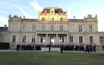 Gala-dinner-in-the-Medoc-vineyards-Bordeaux