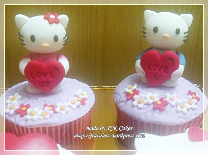 7 Valentine Hello Kitty Cupcakes Photo - Hello Kitty Valentine\u0027s Day