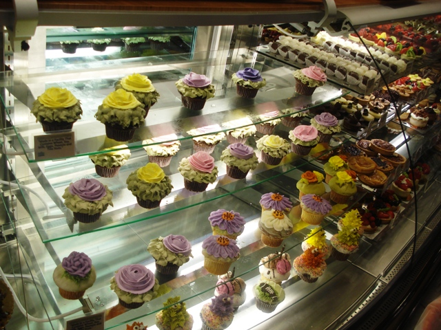 9 Wholefods Cakes Cupcakes Photo - Whole Foods Bakery Cupcakes