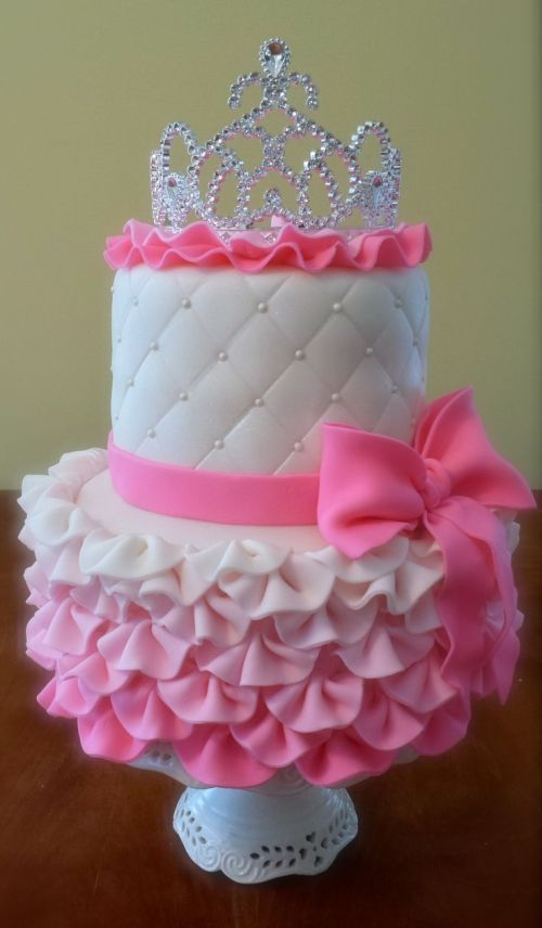 Medium Of Princess Birthday Cakes