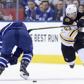 Leafs vs Bruins 6