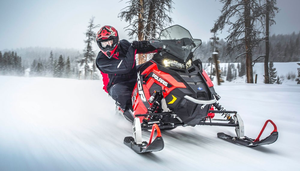 2017 Polaris 600 Rush XCR Review + Video - Snowmobile