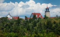 800px-Lighthouse_and_Museum_on_Monhegan_Island