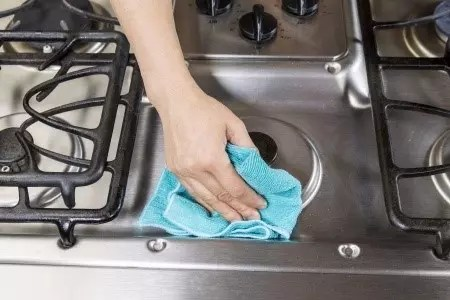 Appliance Repair | How To Clean Your Stove Top - Sobellas