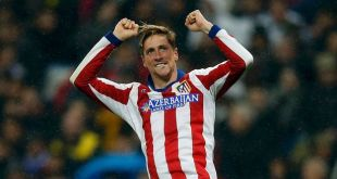 Fernando-Torres-celebrates-after-scoring-his-second-goal