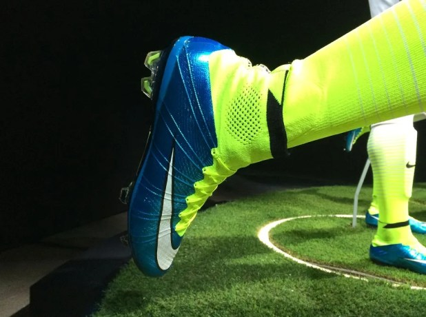 Side View Nike Superfly World Cup Pack