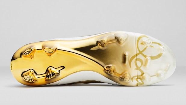 Nike Ronaldino Tiempo Soleplate