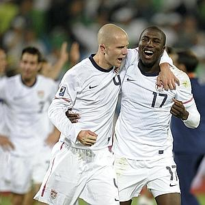 US midfielder Michael Bradley (L) and US