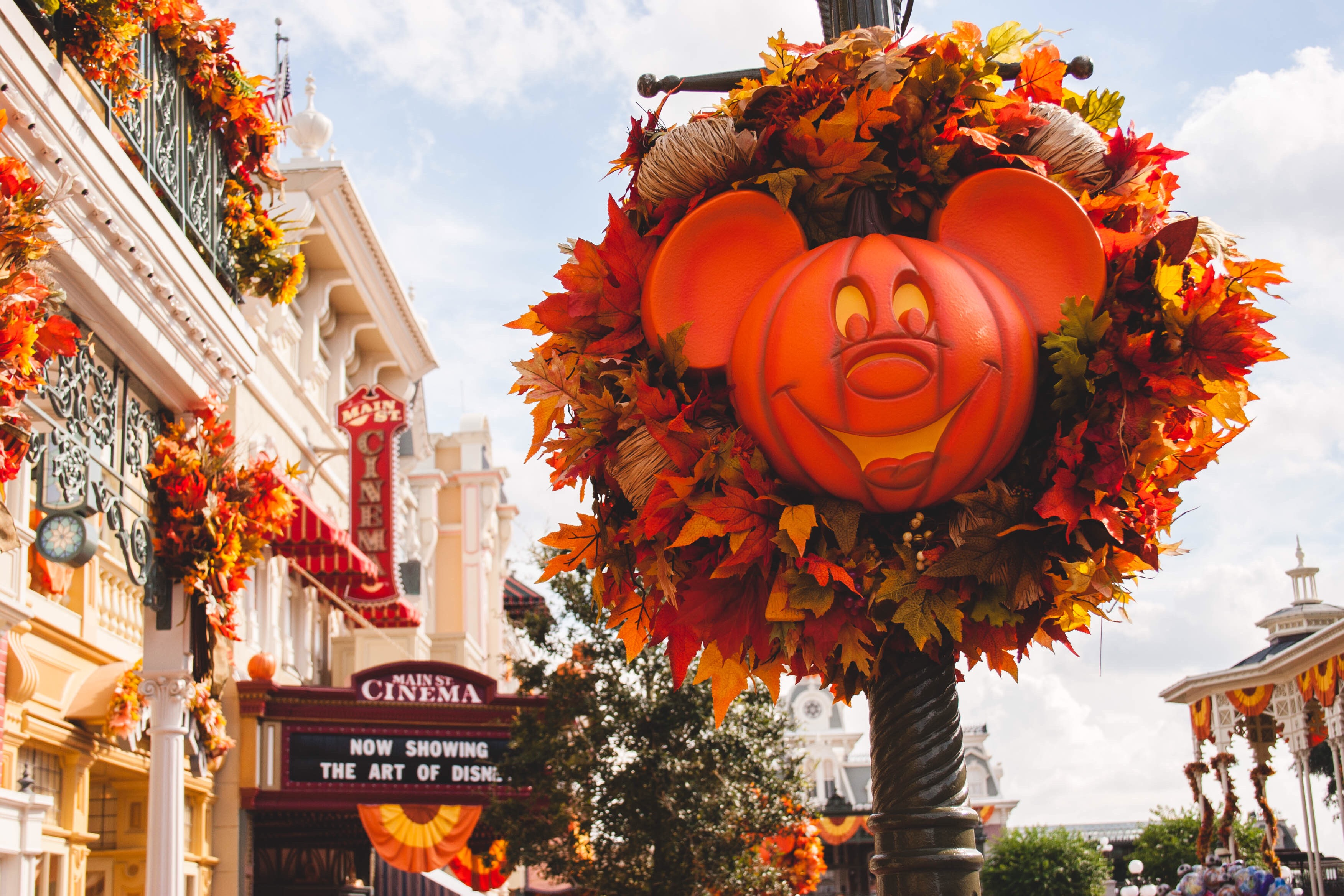 Wallpaper For Fall And Autumn Halloween At Disney World
