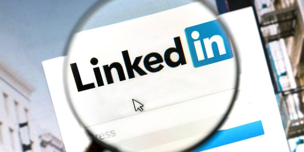 9 LinkedIn Default Settings You Need to Change IMMEDIATELY