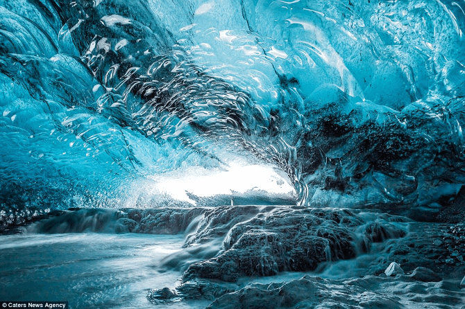 Another Anime Wallpaper The Crystal Cave Iceland S Glacial Lagoon Sociedelic
