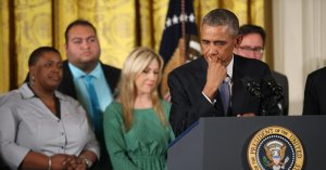 Carolyn Tuft with President Obama at the announcement of his executive orders related to gun saftety on January 5, 2016