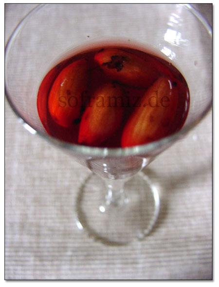 Bademli visne likörü