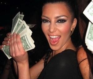 kim-kardashian-2012-10-31-300x300.jpg