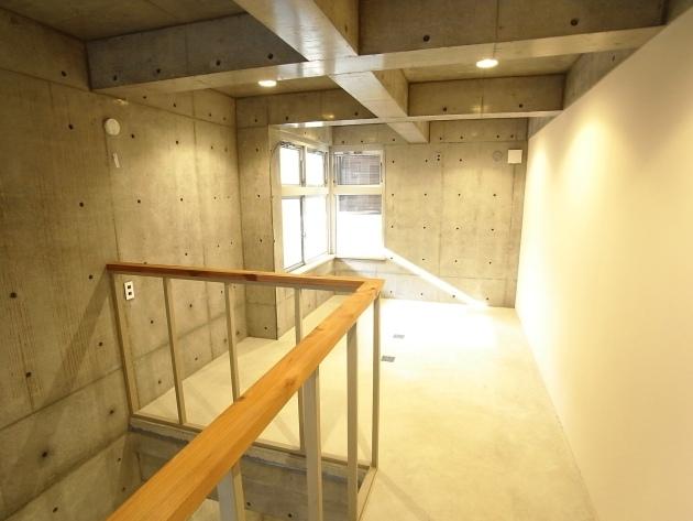 TSTJ HOUSEの2階部分|SOHO東京