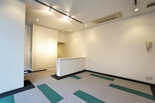 soho_kitaaoyama-104-room-02-sohotokyo