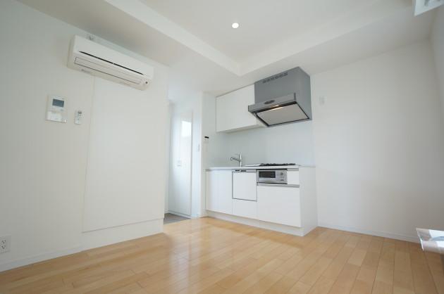 terrace-sangenjaya-202-room05