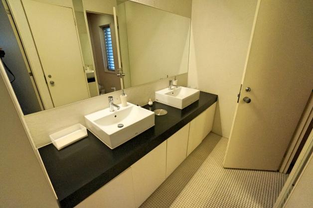 coponnorp-2F-toilet-01-sohotokyo