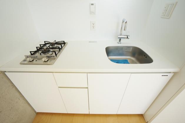 modelia_brut_toritsudai-203-kitchen-sohotokyo