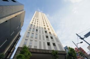 乃木坂駅1分。視認性に優れたタワーの一室で。