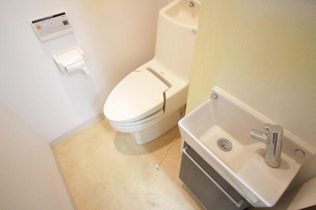 maison-aoyama-404-toilet-01-sohotokyo