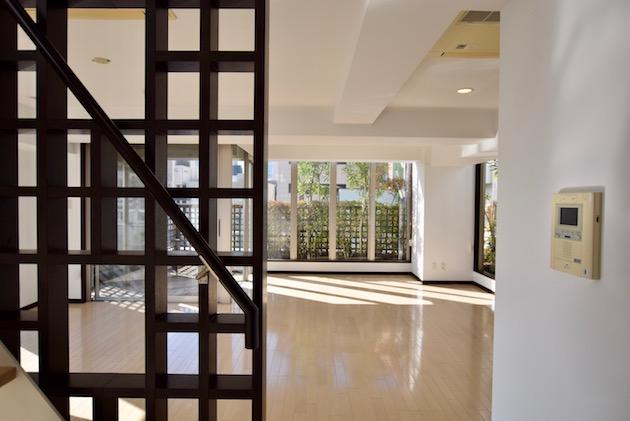unimat hideaway_minamiaoyama-6F livingroom (22)