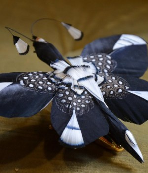 Broche en plumes - Plumassier