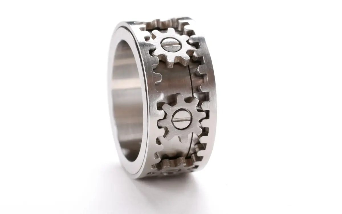 kinekt designs gear ring ben hopson glen liberman solidworks mud tire wedding ring BIG
