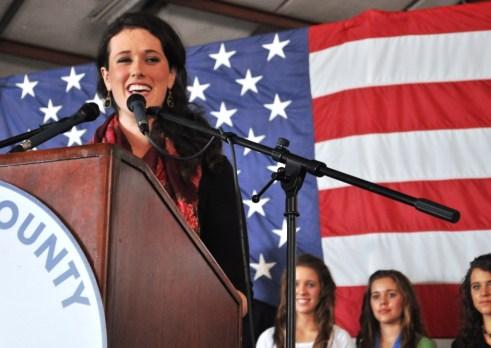 Liz Santorum Campaigns for Her Father Rick Santorum in Sarasota, Fla., Jan. 29, 2012